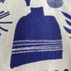 blau weißer kokka Canvas mit Vasen, Schalen und Blumen